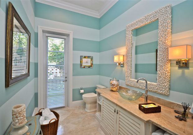 Stripey Beach Bathroom Ideas